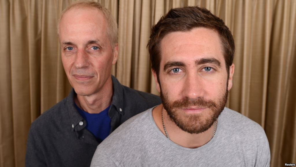 """Nightcrawler"" Director/Writer Dan Gilroy and star Jake Gyllenhaal (courtesy of voanews.com)"
