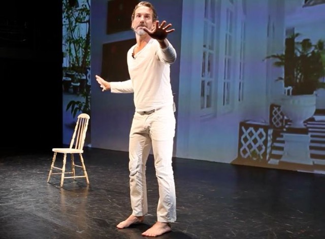 """Mike Albo performs """"The Junket"""""""